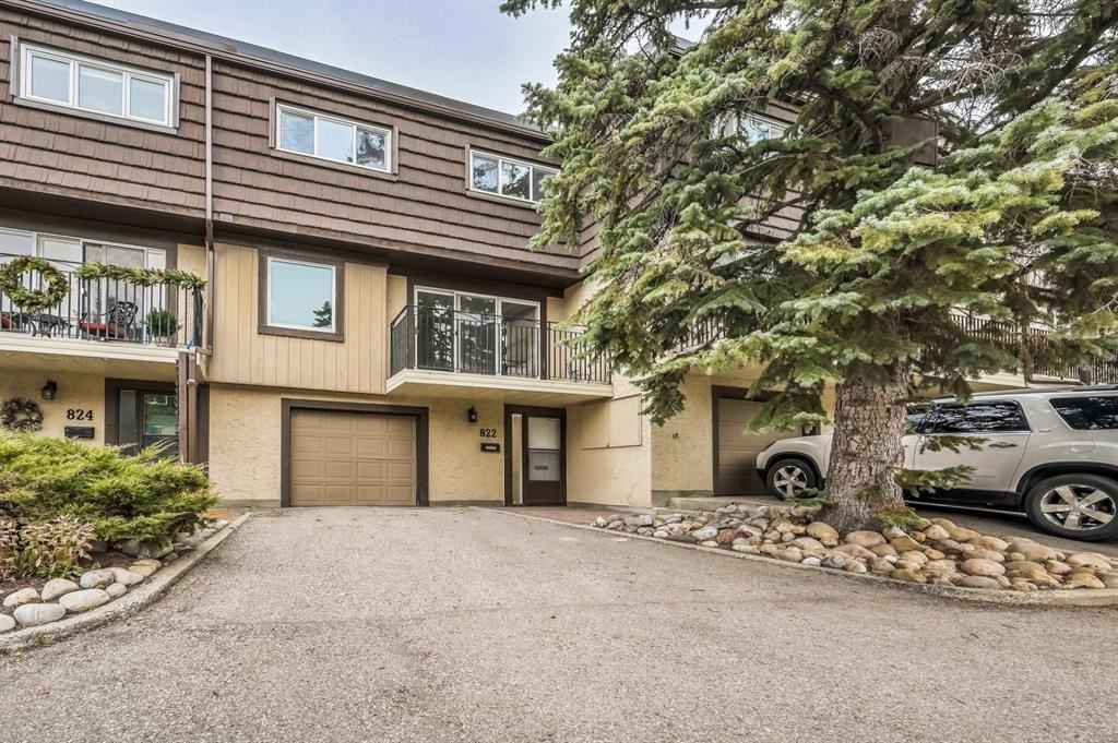 Photo of 3130 66 Avenue SW #822, Calgary, AB T3E 5K8 (MLS # A1156690)