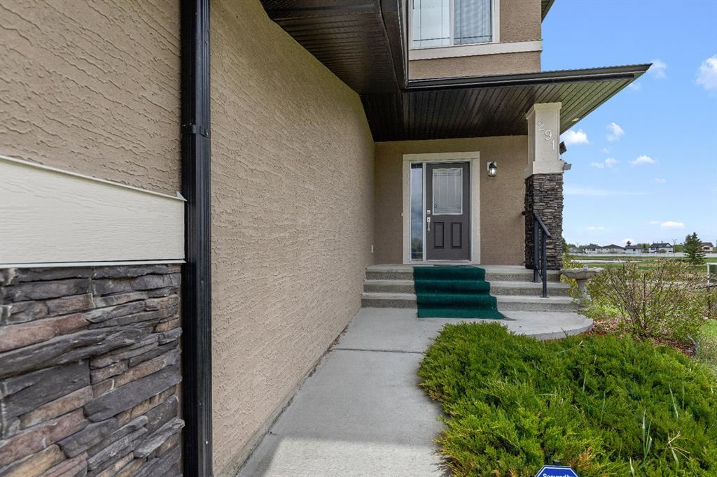 Photo of 291 Lakeside Greens Drive, Chestermere, AB T1X 1C6 (MLS # A1112691)