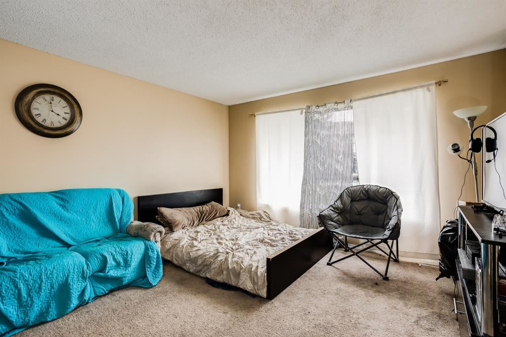 Photo of 4 Summerfield Close SW, Airdrie, AB T4B 1Y4 (MLS # A1148694)
