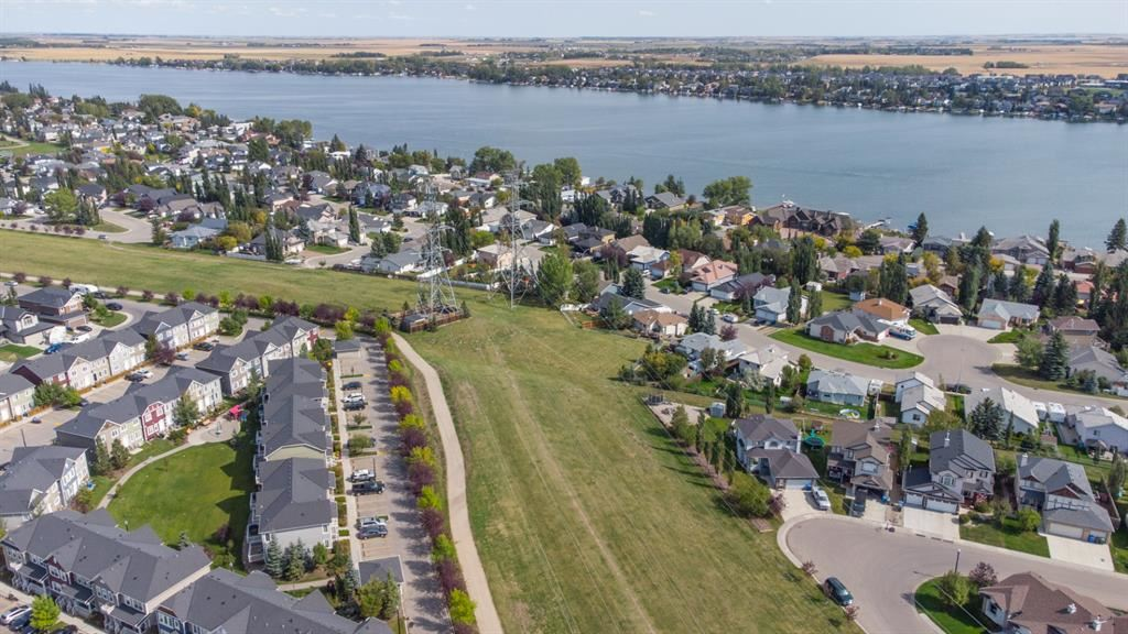 Photo of 260 Cascades Pass, Chestermere, AB T1X 0K8 (MLS # A1144701)