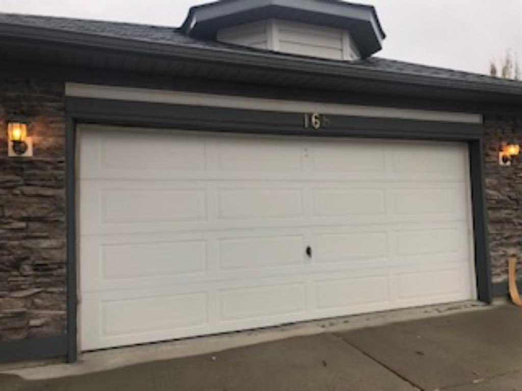 Photo of 168 Lakeview Cove, Chestermere, AB T1X 1E7 (MLS # A1156704)