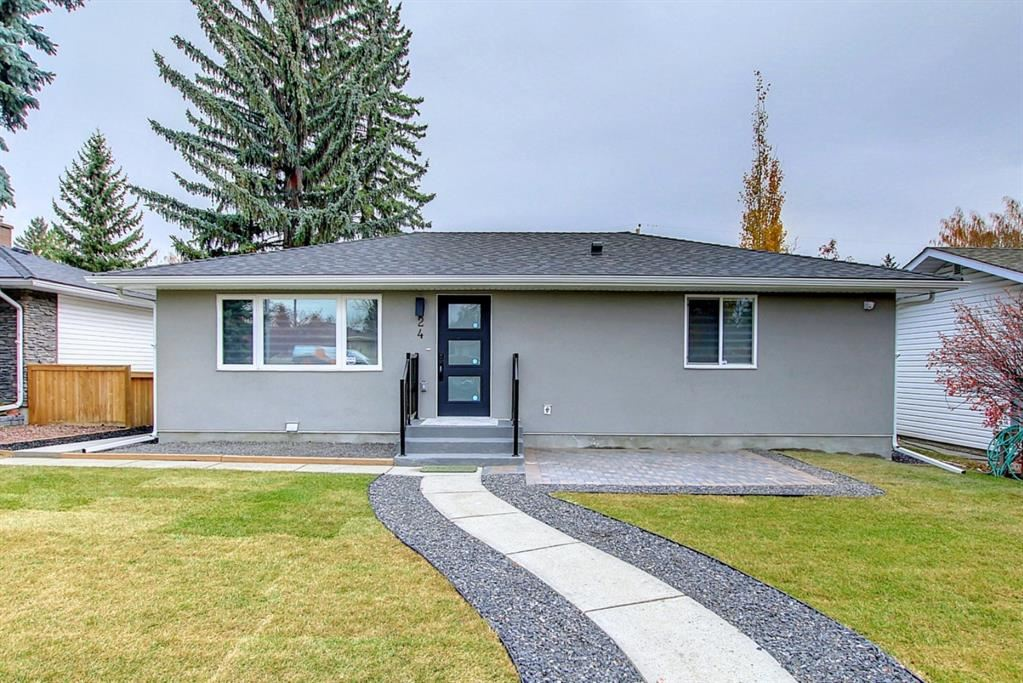Photo of 24 Hoover Place SW, Calgary, AB T2V 3G4 (MLS # A1156727)