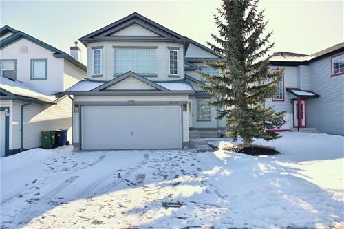 Photo of 11125 HIDDEN VALLEY DR NW, Calgary, AB T3A 5Z6 (MLS # C4285742)