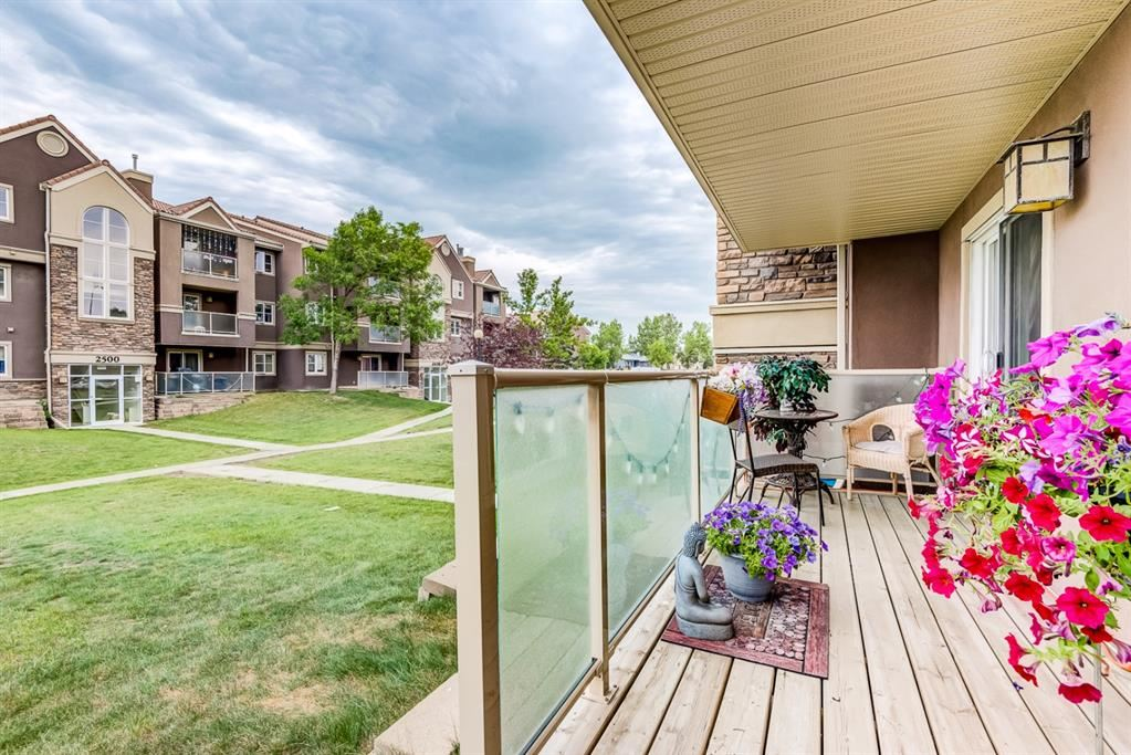 Photo of 2314 Edenwold Heights NW #14, Calgary, AB T3A 3Y2 (MLS # A1132742)