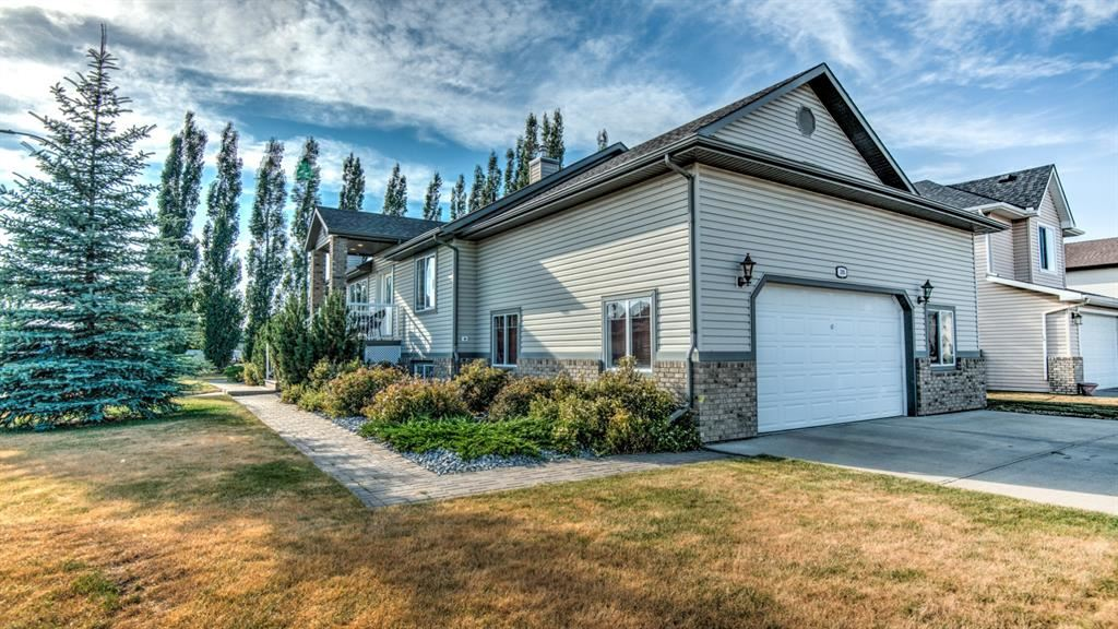 Photo of 295 HILLCREST Boulevard N, Strathmore, AB T1P 1W2 (MLS # A1068756)