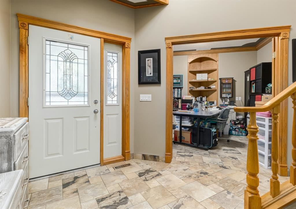 Photo of 237 West Lakeview Place, Chestermere, AB T1X 1K4 (MLS # A1111759)