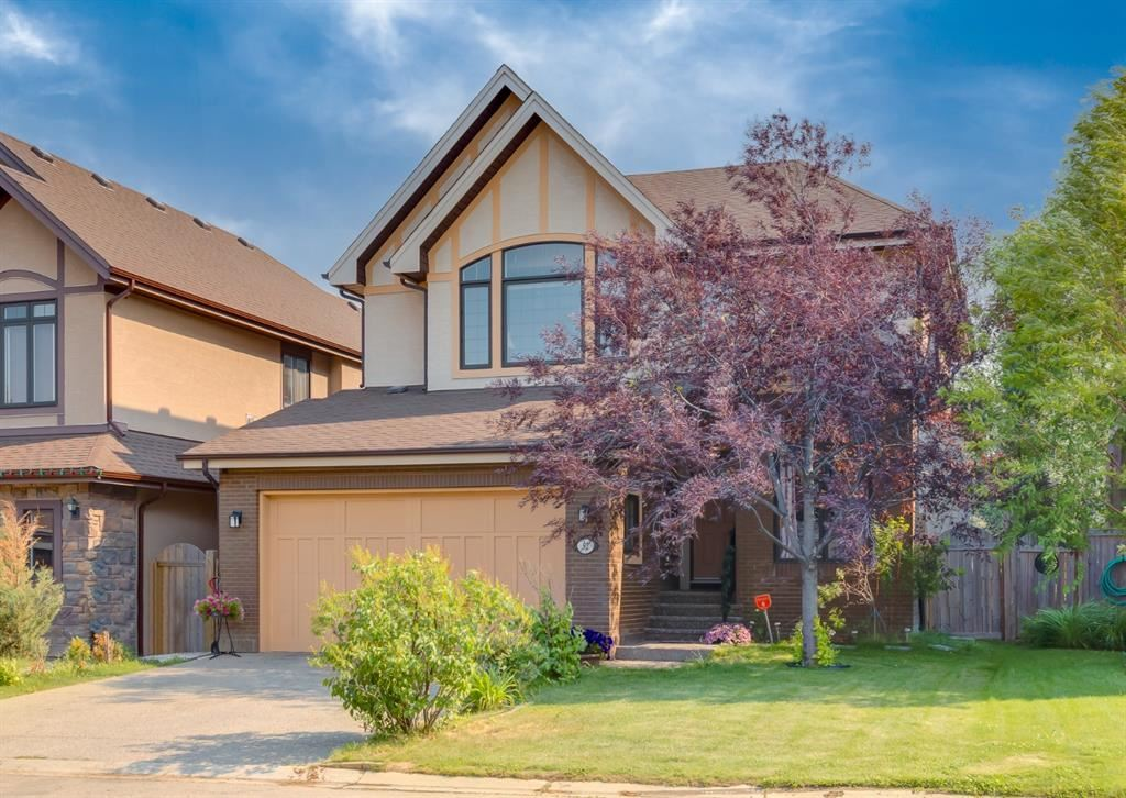 Photo of 92 West Coach Place SW, Calgary, AB T3H 0M7 (MLS # A1149781)