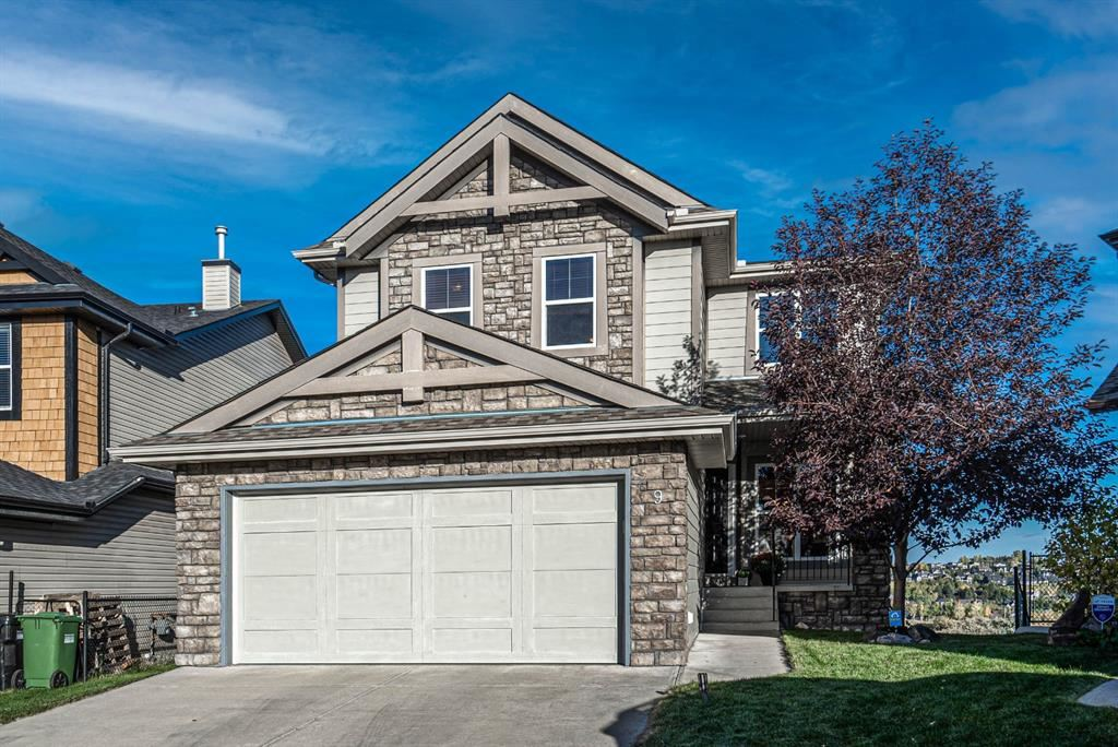 Photo of 9 Val Gardena Place SW, Calgary, AB T3H 0B4 (MLS # A1149791)
