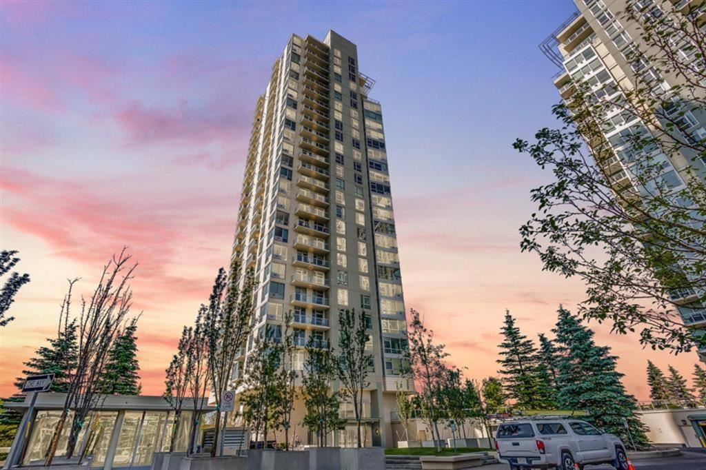 Photo of 77 SPRUCE Place SW #UNIT 806, Calgary, AB T3C 3X6 (MLS # A1100796)