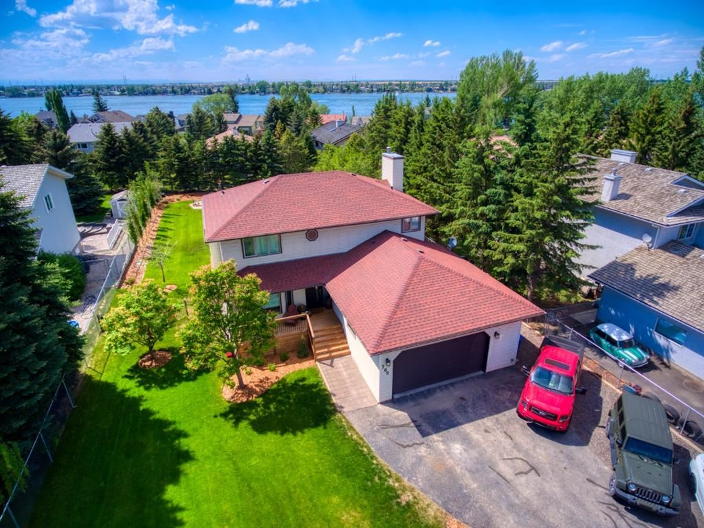 Photo of 769 East Lakeview Road, Chestermere, AB T1X 1B1 (MLS # A1121797)