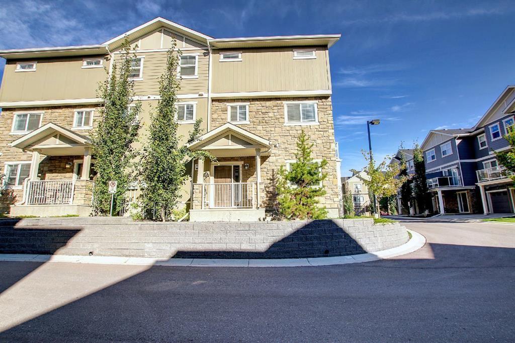 Photo of 807 Evanston Manor NW, Calgary, AB T3P 0R8 (MLS # A1149799)