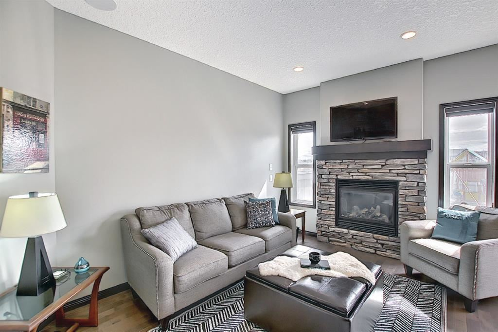 Photo of 159 Kincora Crescent NW, Calgary, AB T3R 1L5 (MLS # A1101804)