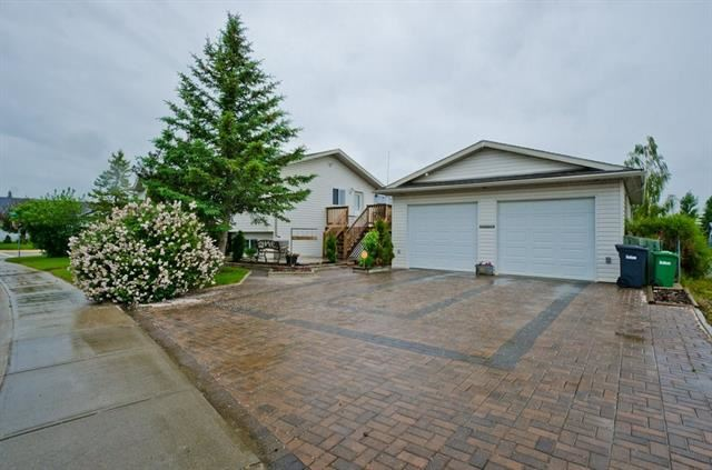 Photo of 367 STRATHAVEN DR, Strathmore, AB T1P 1N8 (MLS # C4302809)