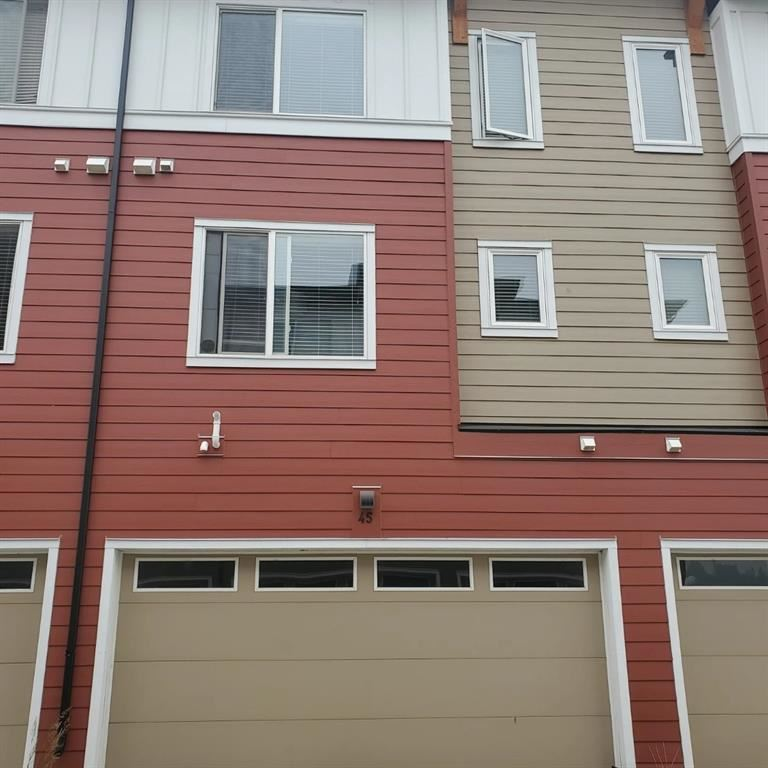 Photo of 111 Rainbow Falls Gate, Chestermere, AB T1X 0Z5 (MLS # A1131825)