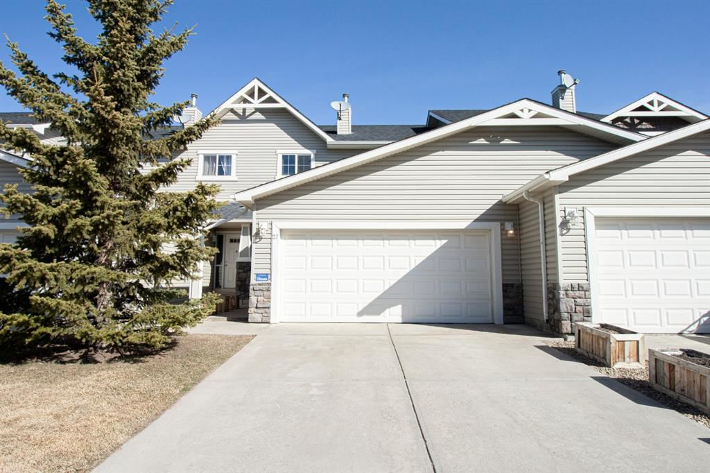 Photo of 27 Arbours Circle NW, Langdon, AB T0J 1X2 (MLS # A1064828)