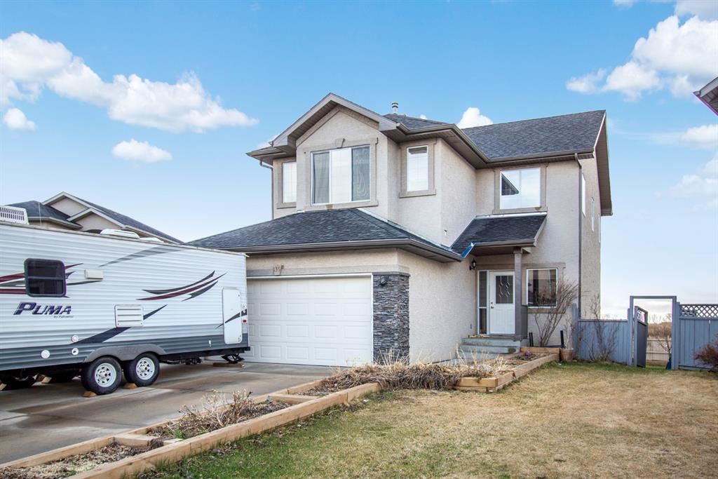 Photo for 135 EAST LAKEVIEW Court, Chestermere, AB T1X 1W2 (MLS # A1102864)