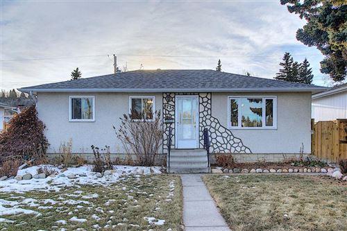 Photo of 8735 36 Avenue NW, Calgary, AB t3b 1w2 (MLS # A1052896)