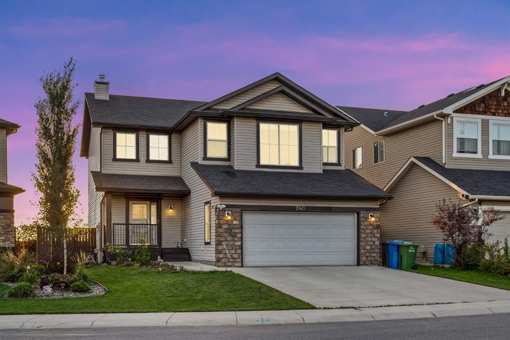 Photo of 240 Hawkmere Way, Chestermere, AB T1X 0C8 (MLS # A1147898)