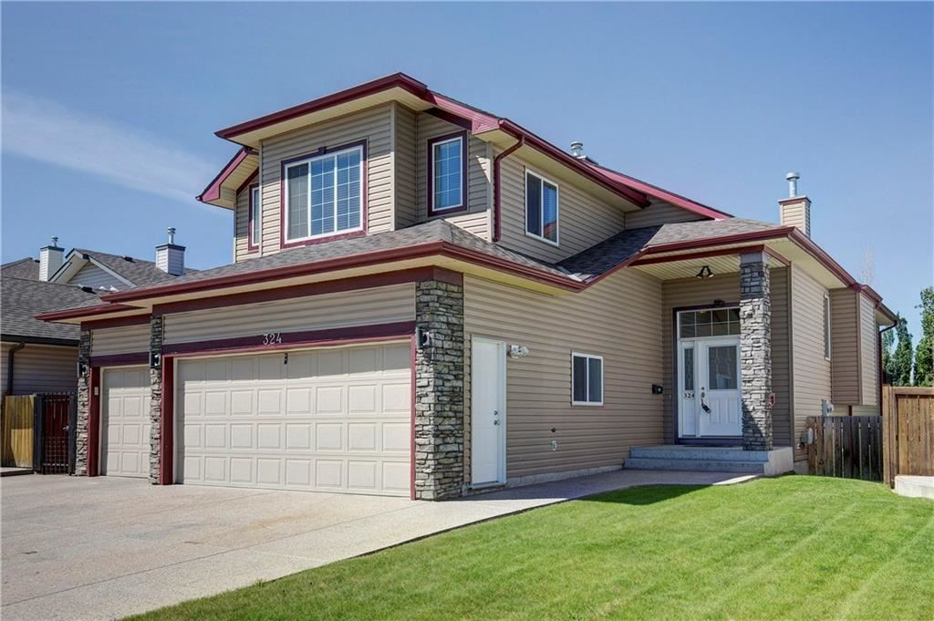 Photo of 324 Cove RD, Chestermere, AB T1X 1L5 (MLS # C4300904)