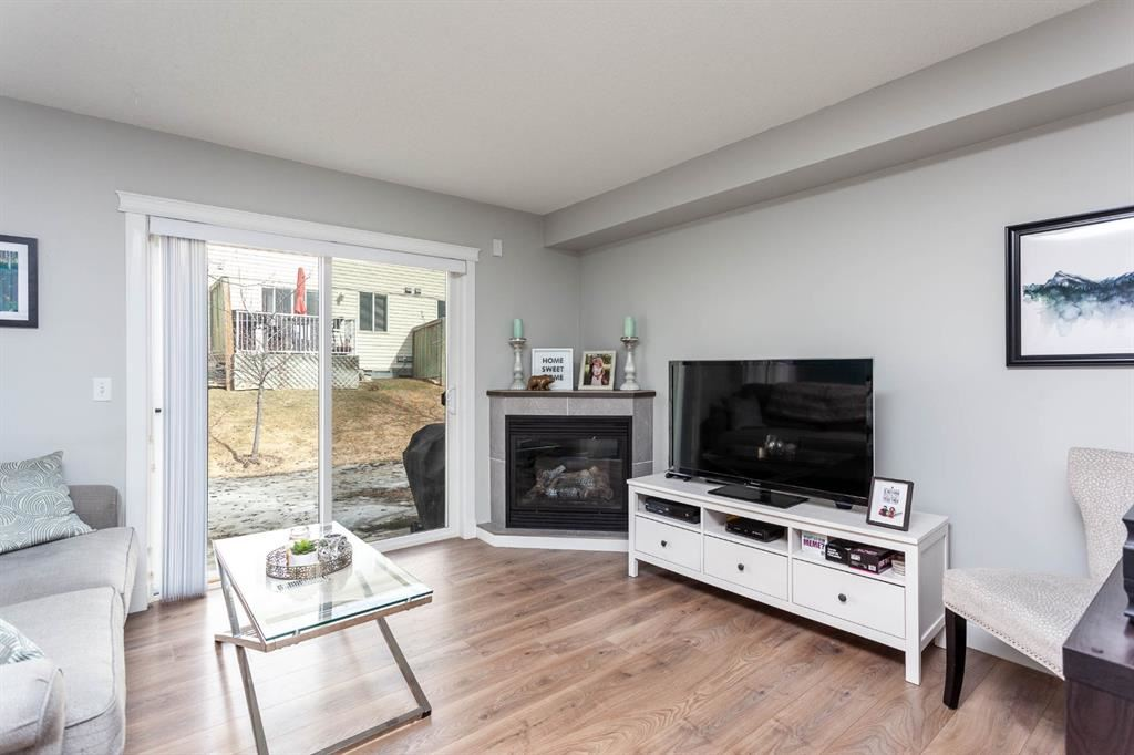 Photo of 21 Citadel Meadow Gardens NW, Calgary, AB T3G 5N6 (MLS # A1088913)