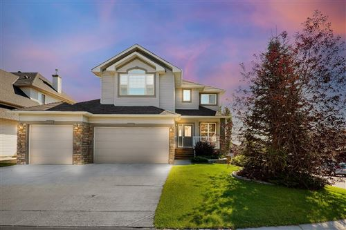 Photo of 208 Hawkmere Road, Chestermere, AB T1X 1T5 (MLS # A1020940)