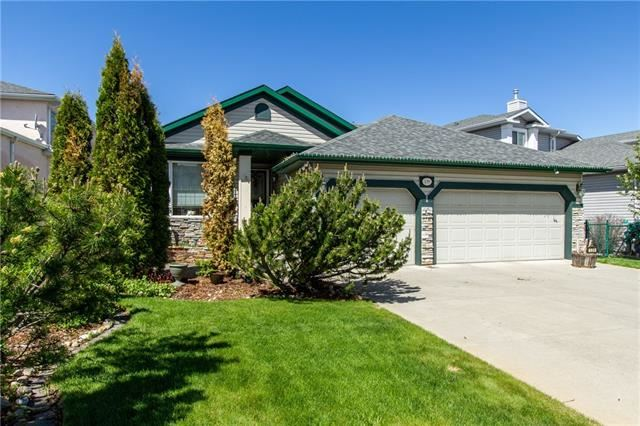 Photo of 139 Cove DR, Chestermere, AB T1X 1G1 (MLS # C4300952)