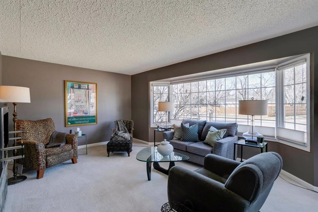 Photo of 436 38 Street SW, Calgary, AB T3C 1T1 (MLS # A1097954)