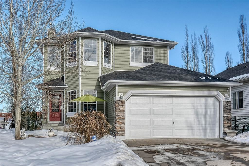 Photo of 224 Springmere Place, Chestermere, AB T1X 1J2 (MLS # A1071962)