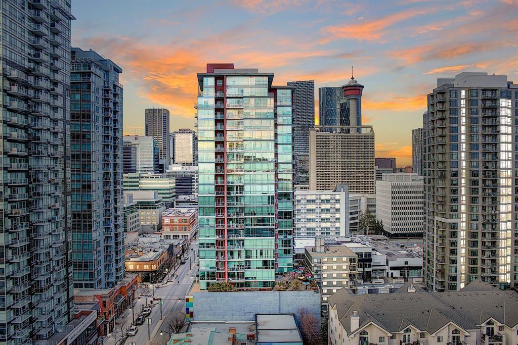 Photo of 188 15 Avenue SW #1810, Calgary, AB T2R 1S4 (MLS # A1061986)