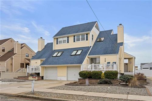 Photo of 107 E Richmond Avenue, WILDWOOD, NJ 08260 (MLS # 200213)