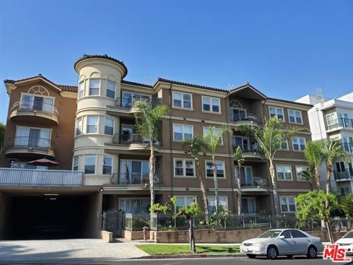Photo of 917 S NEW HAMPSHIRE Avenue #208, Los Angeles, CA 90006 (MLS # 19529000)
