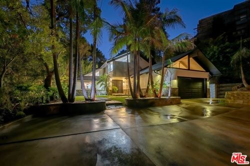 Photo of 1561 Clear View Drive, Beverly Hills, CA 90210 (MLS # 21785000)