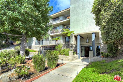 Photo of 2929 Waverly Drive #205, Los Angeles, CA 90039 (MLS # 21798000)