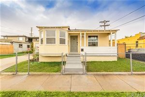 Photo of 712 W 101st Street, Los Angeles, CA 90044 (MLS # DW19264000)