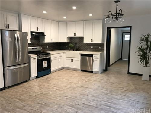 Tiny photo for 8207 Lullaby Lane, Panorama City, CA 91402 (MLS # SR20002001)