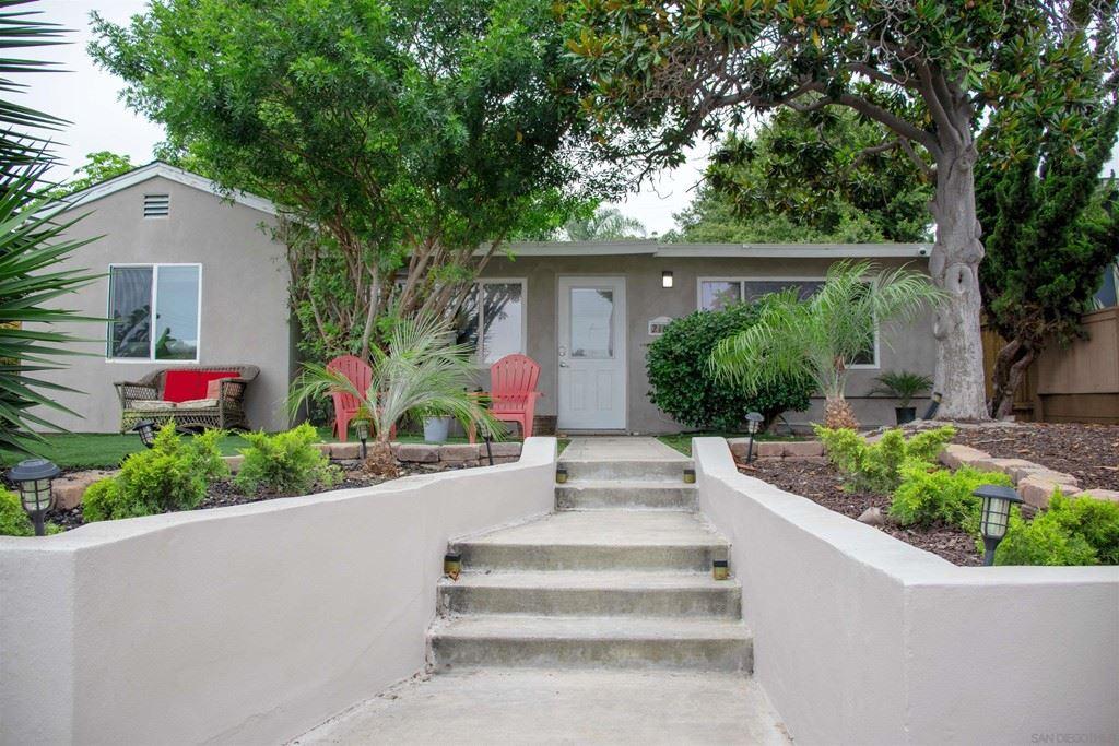 2104 Emerald St, San Diego, CA 92109 - MLS#: 210024001