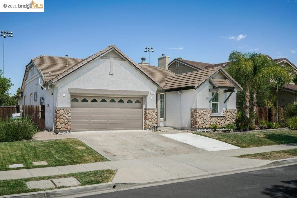Photo of 314 Foothill Dr, Brentwood, CA 94513 (MLS # 40961001)