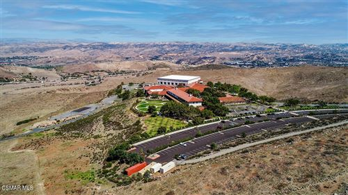 Photo of 70 Presidential Drive, Simi Valley, CA 93065 (MLS # 221003002)