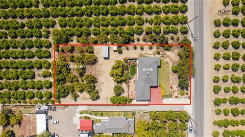 Photo of 15190 Santa Paula Street, Santa Paula, CA 93060 (MLS # V1-5002)