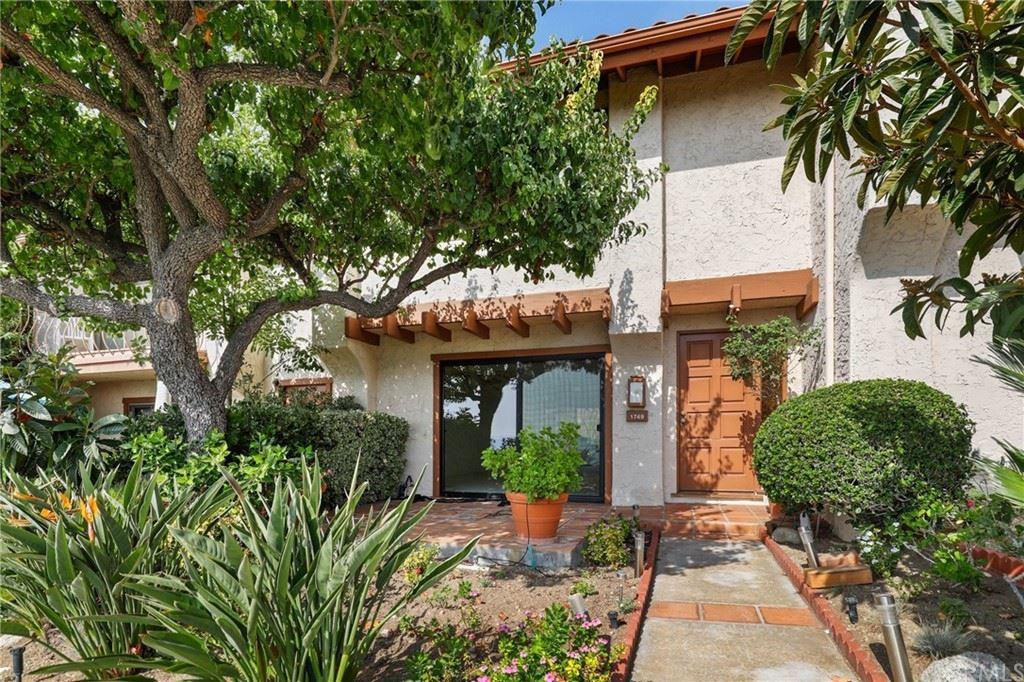 Photo of 1749 Camino De Villas, Burbank, CA 91501 (MLS # BB21217002)