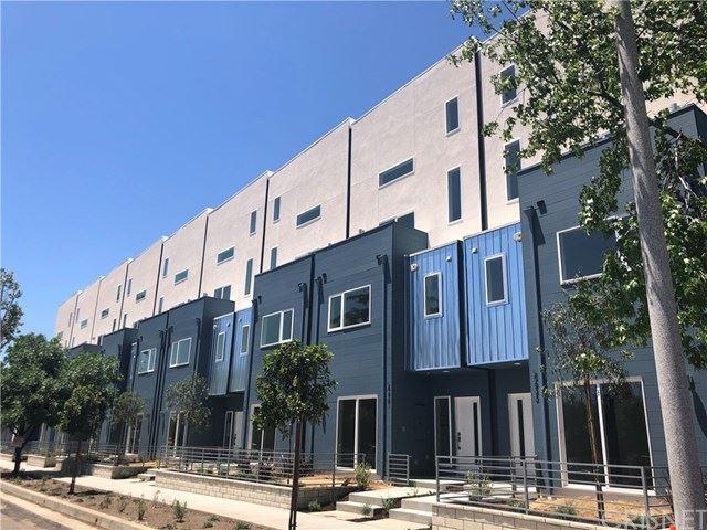 Photo of 5619 N Strohm Avenue, North Hollywood, CA 91606 (MLS # SR20092002)