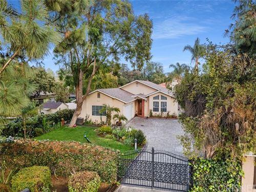 Photo of 5934 Donna Avenue, Tarzana, CA 91356 (MLS # SR21057004)