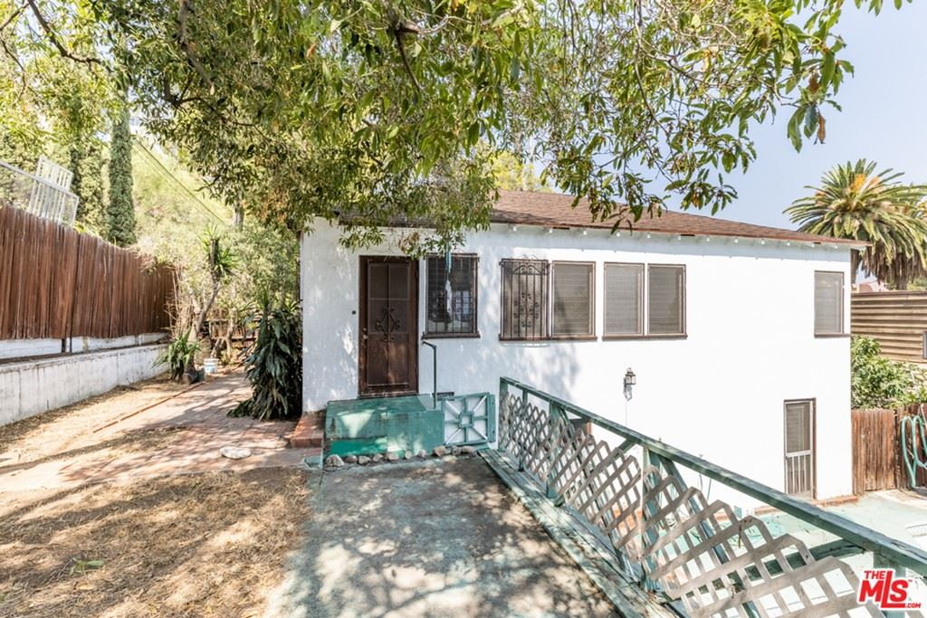 Photo of 1256 Vista Court, Glendale, CA 91205 (MLS # 21752004)