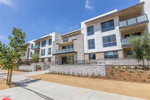 Photo of 77 Conejo School Road #217, Thousand Oaks, CA 91362 (MLS # 221000005)