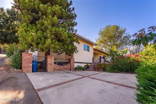 Photo of 1305 Foothill Drive, Simi Valley, CA 93063 (MLS # 221004005)