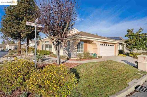 Photo of 381 Gravenstein Ter, Brentwood, CA 94513 (MLS # 40933005)