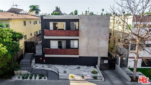 Photo of 453 S GRAMERCY Place, Los Angeles, CA 90020 (MLS # 20561006)