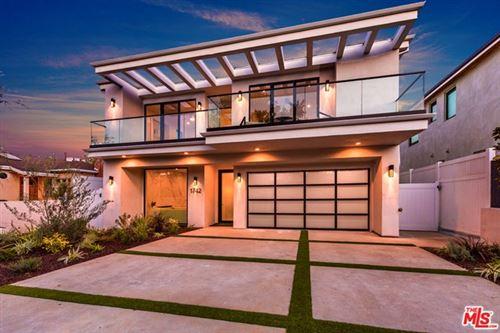 Photo of 1742 S Wooster Street, Los Angeles, CA 90035 (MLS # 20665006)