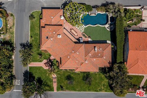Photo of 453 Via Media, Palos Verdes Estates, CA 90274 (MLS # 21742006)