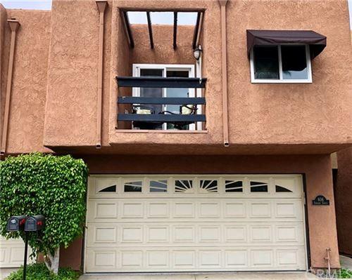 Photo of 606 Terrace Circle, Huntington Beach, CA 92648 (MLS # OC20148006)